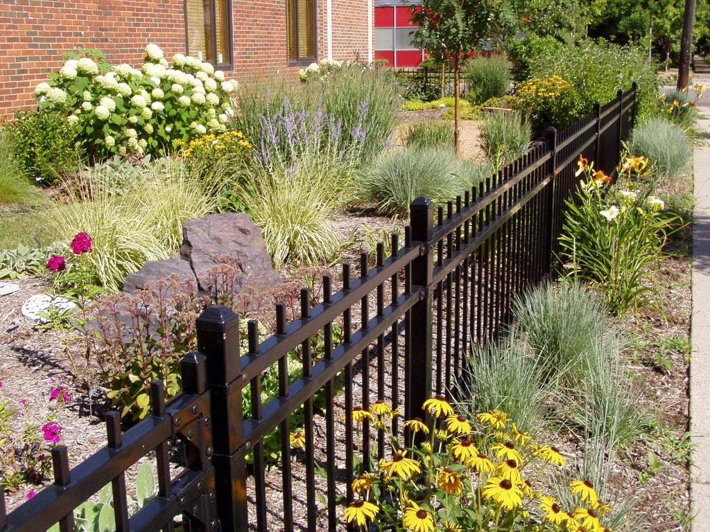 ornamental fencing chain link fence wood fence vinyl fence elyria oh lorain medina